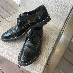 Stacy Adams 10 1/2 D black patent leather.